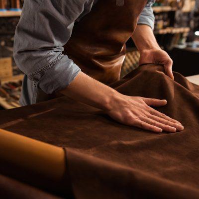 Optimiser la traçabilité de la filière du cuir par une solution data-centric pour un acteur du luxe